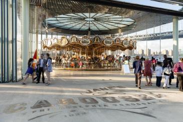 carousel-large